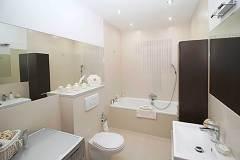 bathroom-2094733_1920-1